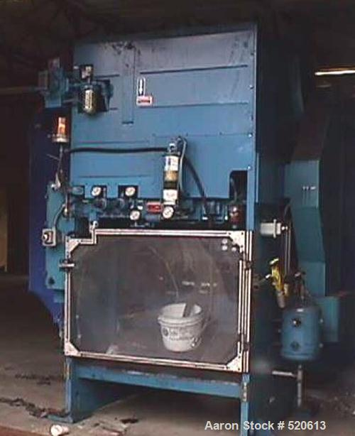 USED: Bliss C2-60 press. Bed dimensions: 1079mm x 609mm. Shut height:571mm. Pressing force: 60 tons (534,545 Newtons). Motor...