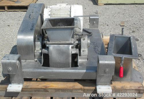 Used- Fitzpatrick Fitzmill, model DASO6, 316 stainless steel. (16) 410/16/20 stainless steel fixed double impact stainless s...