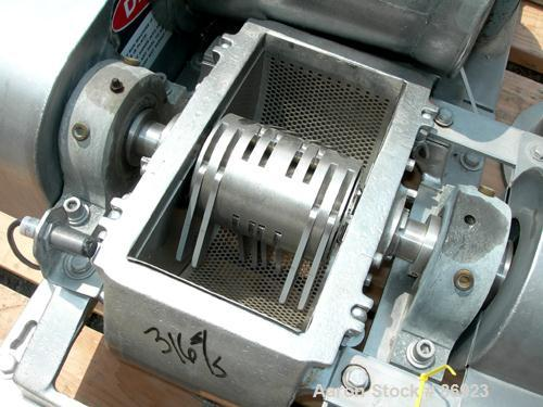 "USED- Fitzpatrick Fitzmill, Model DASO6, 316 Stainless Steel. (16) Double impact swinging blades, 6"" x 11"" cutting chamber, ..."