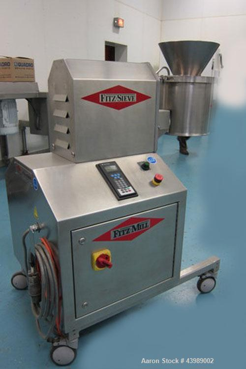 Used- Fitzpatrick FitzSieve Model FS-200 for wet or dry processing.  Production capacity 3500 to 5500 kg per hour.  Date of ...