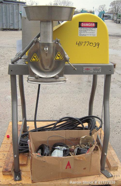 Used- Fitzpatrick Homoloid Mill, Model JT, 316 stainless steel. 8'' diameter x 2'' deep chamber, (12) 410 stainless steel sw...