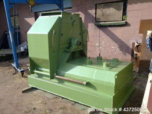 Used-Sprout Waldron Hammer Mill, 150 hp, 110 kW, with 4 pole electric motor, 16 x 4 rows beaters, rotor width 660 mm, rotor ...