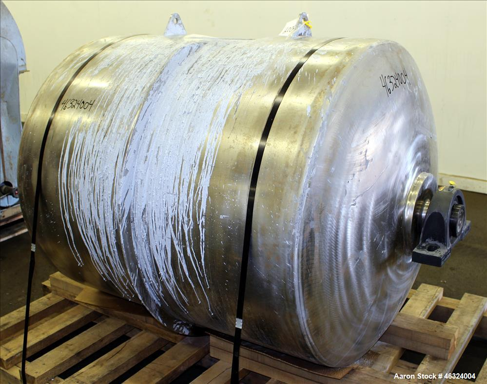 """Used- Jar Mill Body Only, Approximately 250 Gallons, 304 Stainless Steel, Horizontal. Approximately 39"""" diameter x 45"""" strai..."""