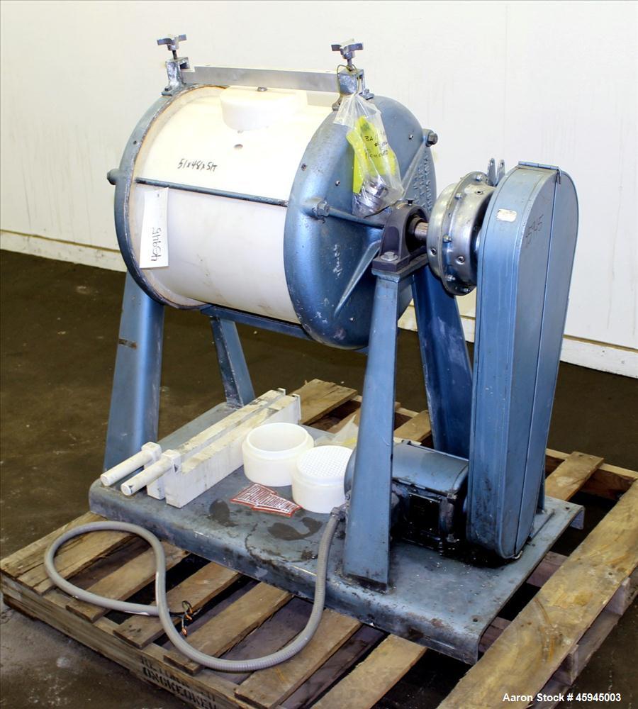 "Used- Paul O Abbe #4 Jar Mill, Approximate 20 Gallon. Plastic Jar approximate 18"" diameter x 20"" straight side. Jar speed 39..."