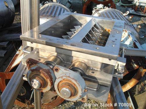 "USED- Lump Breaker Mill, Dual Rotor, 304 Stainless Steel.  10-7/8"" x 16"" feed opening. (2) 5"" diameter x 16"" long 24 hook kn..."