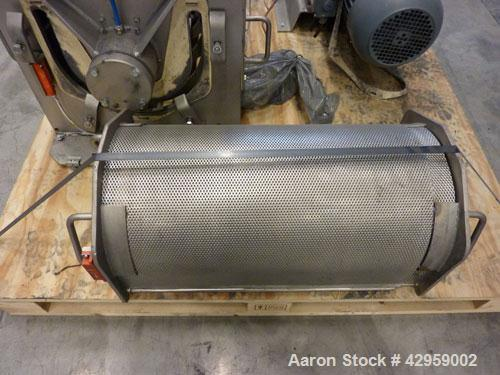 """Used-Gericke Nibbler NBS 300/450, stainless steel. Inlet opening 11.8"""" x 20.8"""" (300 x 530 mm), with new sieve, perforation 0..."""