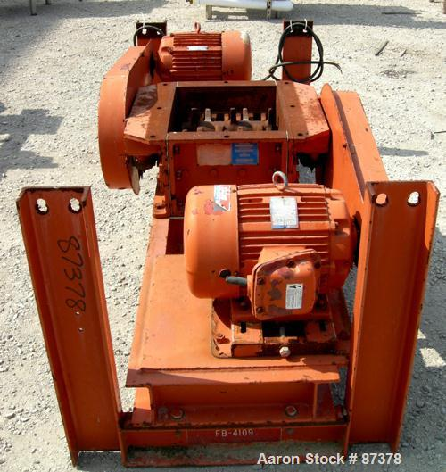 "USED: Gruendler twin shaft lump breaker, model FB4109, carbon steel. 16"" x 18"" feed throat. (2) 3-1/2"" diameter shafts with ..."