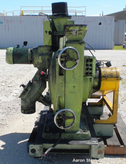 Used- Yaskawa and Company YM Micro Cut Classifying Mill, Type YACA-400HS. Capacity 300 to 20000 kg/hr, cut size 8 micron met...