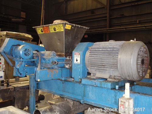 Used- Hosokawa Micron Pulverizer, Model 3TH, stainless steel. Horizontal screw feeder with drive.