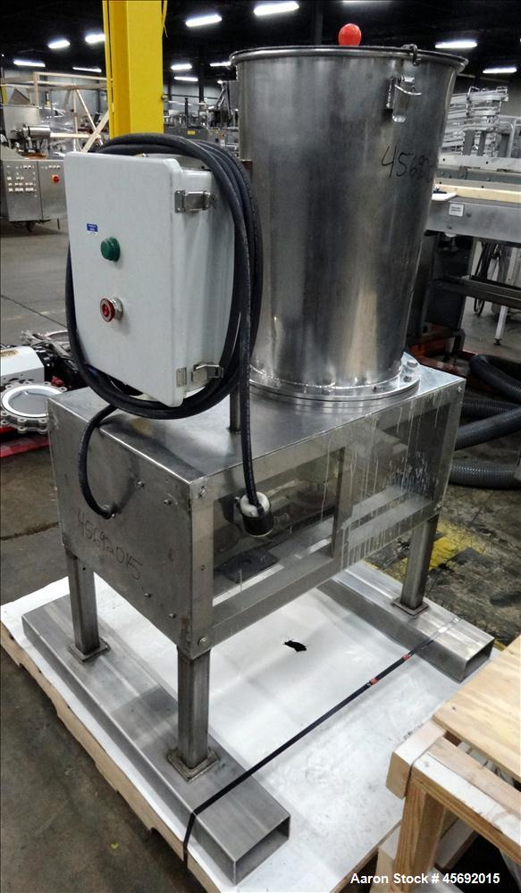 """Used- Fabricated Stainless Steel Mixing System, Approximately 25 gallons, Stainless Steel. 17-1/2"""" diameter x 25"""" straight s..."""