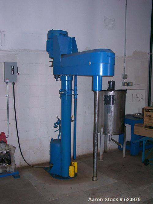 """USED: Cowles disperser, 20 hp 230/460V, air over oil lift andmechanical variable speed. It also comes with a 12"""" Cowles blad..."""