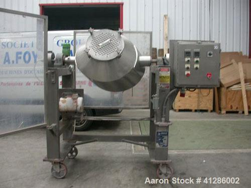 Used-Gemco Double Cone Blender/Mixer, 316 stainless steel, for dry or wet product. Total capacity 5 cubic feet (150 liter), ...