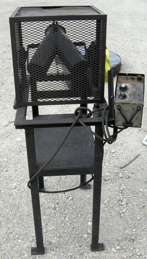 """Used- Twin Shell Blender, Approximate (.10) Cubic Feet (2.5 quart) Capacity, Carbon Steel. (2) 4"""" Diameter x 10"""" deep shells..."""
