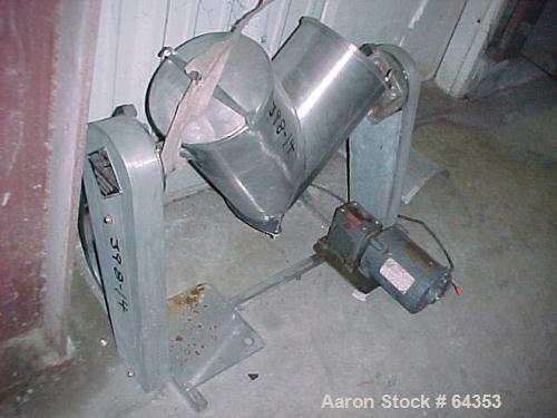 Used- Stainless Steel Patterson Kelley Twin Shell Blender, 16 Quart Capacity (.52 cubic feet)
