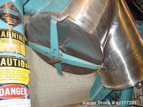 Used- Patterson Kelly Twin Shell Cross Flow Blender, 5 cubic feet capacity, 304 stainless steel. Maximum material density 70...