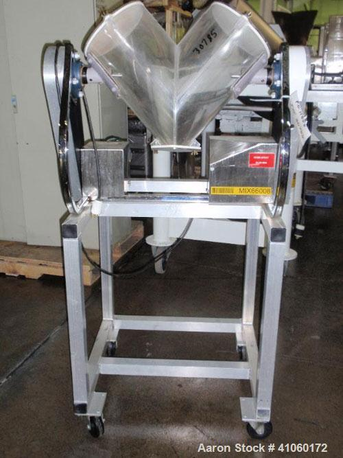 Used- Patterson Kelley Twin Shell Blender, 16 quart, plastic shell, rated 200#/ cubic foot max material density. Serial #LB1...