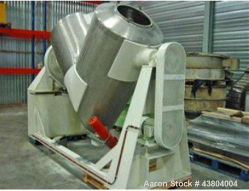 Used-Patterson Kelly Twin Shell Dry V-Blender.  Material of construction stainless steel 304.  Maximum capacity 30 cubic fee...