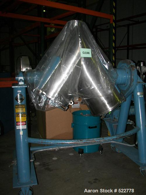 USED: Patterson Kelley 5 cubic foot crossflow blender. All stainless steel contact parts. Shell rated for 70 lbs per cubic f...