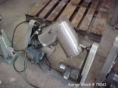 """Used- Patterson Kelley Twin Shell Dry Blender, .26 Cubic Foot (8 Quart) Capacity, Stainless Steel. 8"""" diameter cones, oval b..."""
