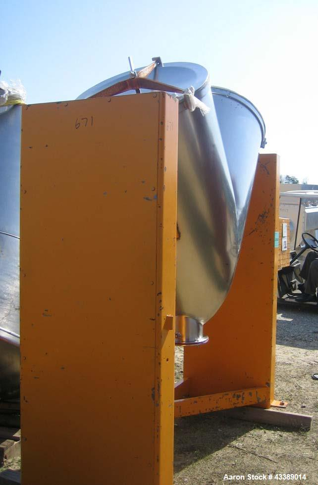 "Used- Sigma Twin Shell Blender, 20 Cubic Feet, Model V200, Stainless Steel. Driven by a 2 hp motor, 8"" outlet."