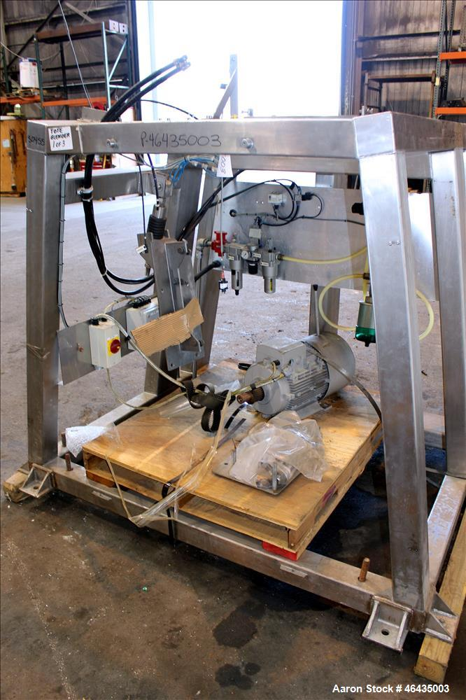 Used- GEA Buck Systems Single Pedestal Tote Blender