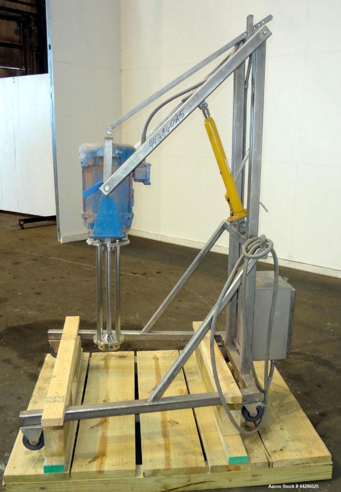 Used- Silverson Batch Mixer Emulsifier, Model FX60, 316 Stainless Steel. Speed range 3600 rpm, batch range 40 to 320 gallon,...
