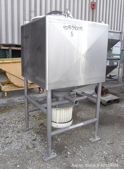"Used- Breddo Likwifier, 200 Gallon, Model LDT, 304 Stainless Steel. Non-jacketed tank 40"" wide x 40'' long x 31'' straight s..."
