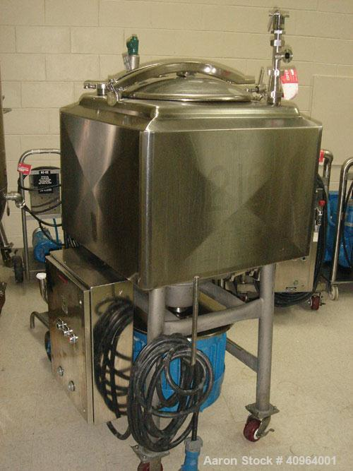 "Used- Breddo Likwifier, Model LDT-25, approximately 25 gallon, stainless steel. 24"" x 24"" chamber, 18"" top manway with cover..."