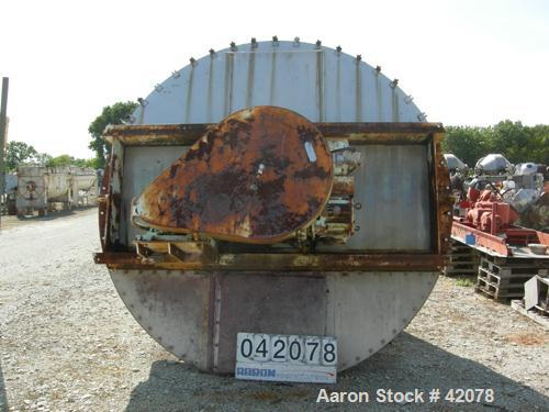 USED: Day twin screw nauta mixer, 200 cubic feet (1500 gallon), model MB2X-200, 304 stainless steel. No 4 finish contact sur...