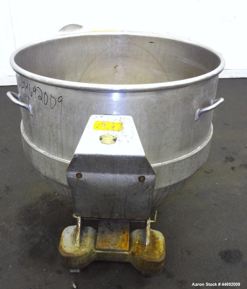 "Used- AMF Glen 340 Quart (85 Gallon) Mixing Bowl, 304 Stainless Steel. Approximate 33"" diameter x 28"" deep. Includes a bowl ..."