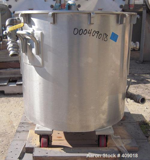 "Used- Ross 40 Gallon Mixing Can, 304 Stainless Steel. 25"" diameter x 22"" deep, stainless steel jacketed. 2"" outlet. Mounted ..."