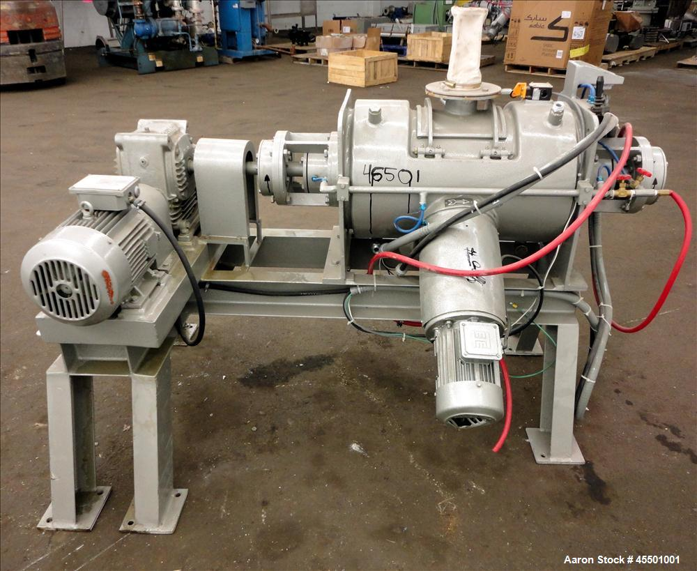 Used- Plow Mixer, 304 Stainless Steel, Jacketed, approximately 1.76 Cubic Feet