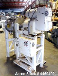 http://www.aaronequipment.com/Images/ItemImages/Mixers/Plow-Mixer/medium/J-H-Day-4_44604001_a.jpg