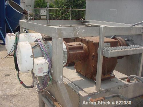 USED: Rietz model RS-23-K3205 twin screw mixer/blender. It has a 2,500 lb or 61 cubic foot capacity. It is equipped with pne...