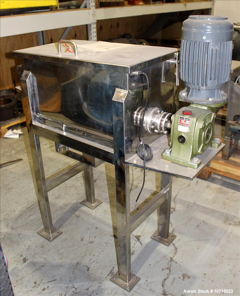 NEW- Aaron Process Model IMB-2.5. 2.5 Cubic Foot Ribbon Blender.
