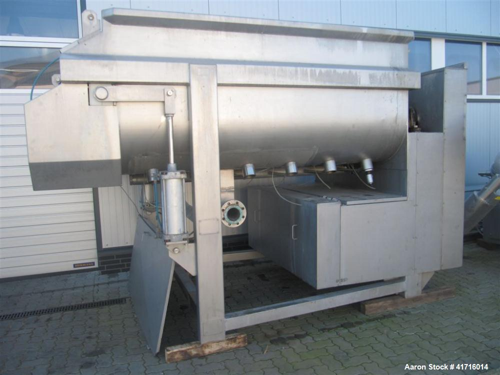 Used-Boldt Twin Shaft Ribbon Mixer, 211.89 cubic feet (6000 L).  All made of stainless steel.  Suitable for steam heating.  ...