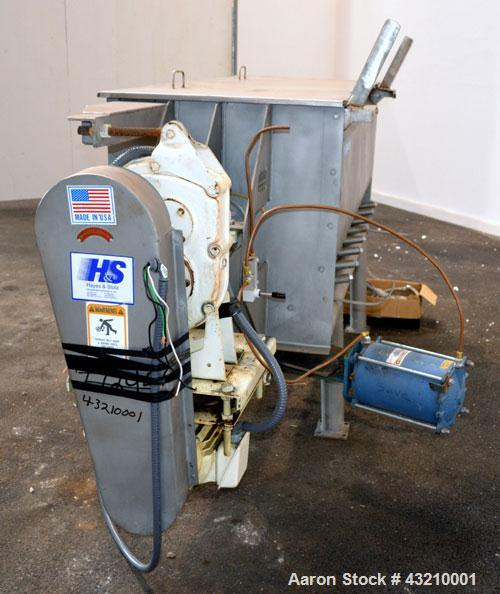 Used- Hayes & Stolz Double Spiral Ribbon Blender, 20 Cubic Feet Working Capacity, Model HR20USS, 304 Stainless Steel. Non-ja...