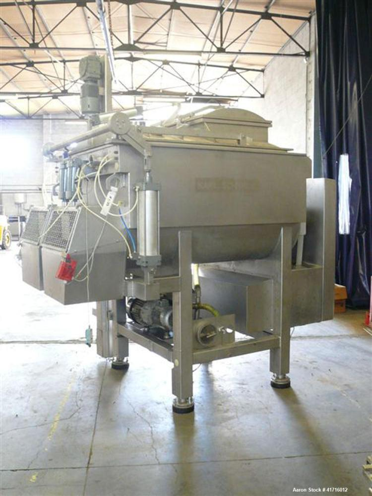 Used-Karl Schnell Ribbon Blender with built-in vacuum pump, stainless steel construction.  Maximum capacity 72 cubic feet (2...