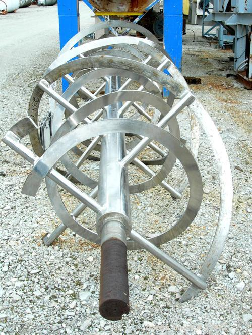 Used- Ribbon Assembly Only, 140 Cubic Feet, 347 Stainless Steel. 48'' diameter x 120'' long double spiral for center dischar...