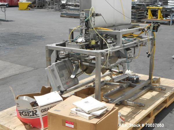 Used- LiquiBox (DuPont) BIB Filler. Strip fed bag filler with OxEvac system is designed to fill one to five gallon bags used...