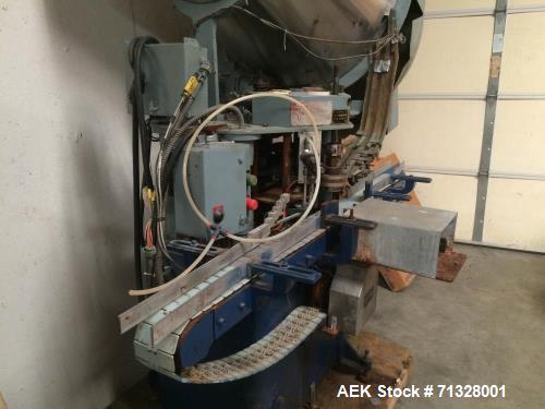 Used- Resina Model S-41 Automatic Single Chuck Screw Capper. Capable of speeds up to 60 caps per minute. Cap size range: 13m...
