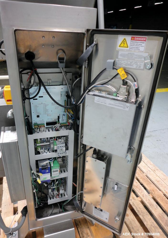 Used- Mettler Toldeo XS Hi Speed Chain Checkweigher, Model CM9400-CM. Has the capacity to weigh up to 50 lbs., with a weigh ...