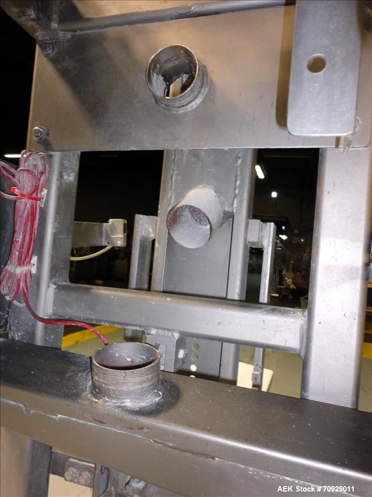 Used- Chantland 4210 Air Valve Bag Packer capable of speeds up to (8) 50 lb bags per minute. Weight ranges: 25 lb to 110 lb ...