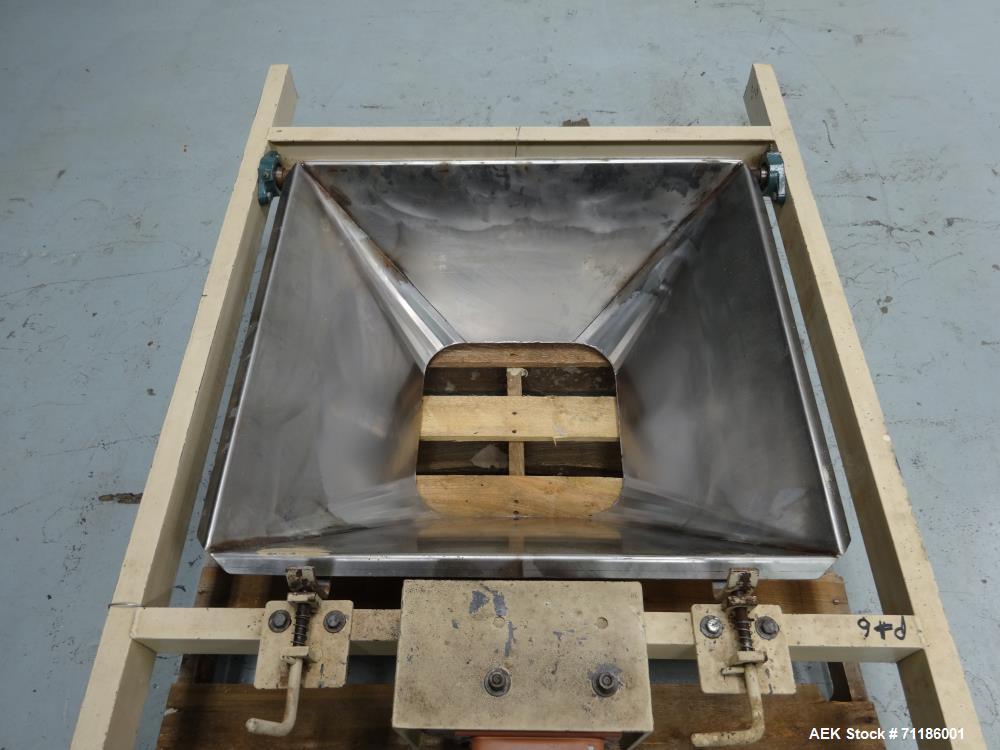 Used- Inglett Model 1950 Open Mouth Bag Hanger
