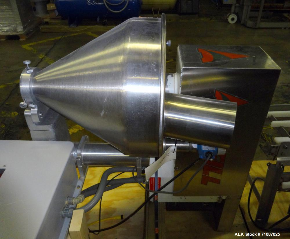 Used-All-Fill Model B-350 Powder Auger Filling Head. Stainless steel construction. Agitated hopper.