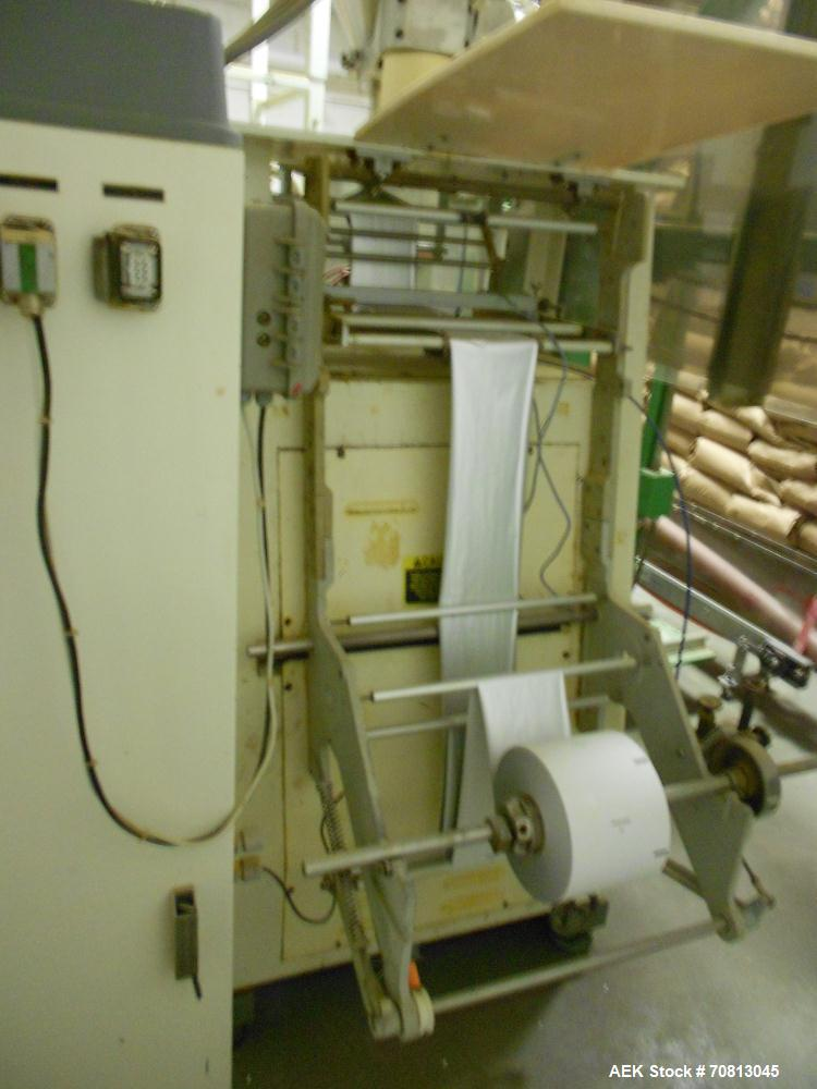 Used-Rovema VPUS 220 Vertical form fill and seal machine. Capable of speeds up to 100 bags per minute (depending on product ...