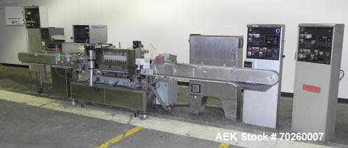 Used- Accraply 9000 Wraparaound Pressure Sensitive Labeler