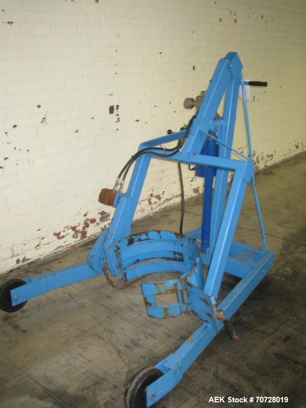 Used- Morse Drum lifter, Model M404. Designed for 55 gallon drums, 800 lb max load