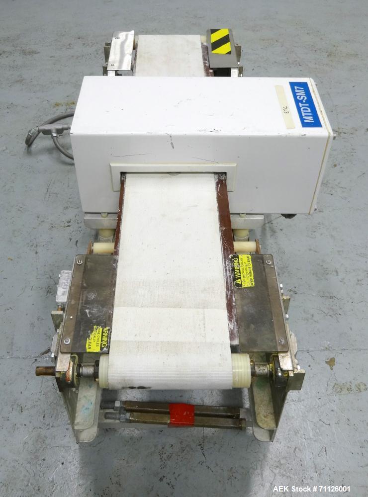 Used- Goring Kerr Model Tektamet 60AL10B Metal Detector