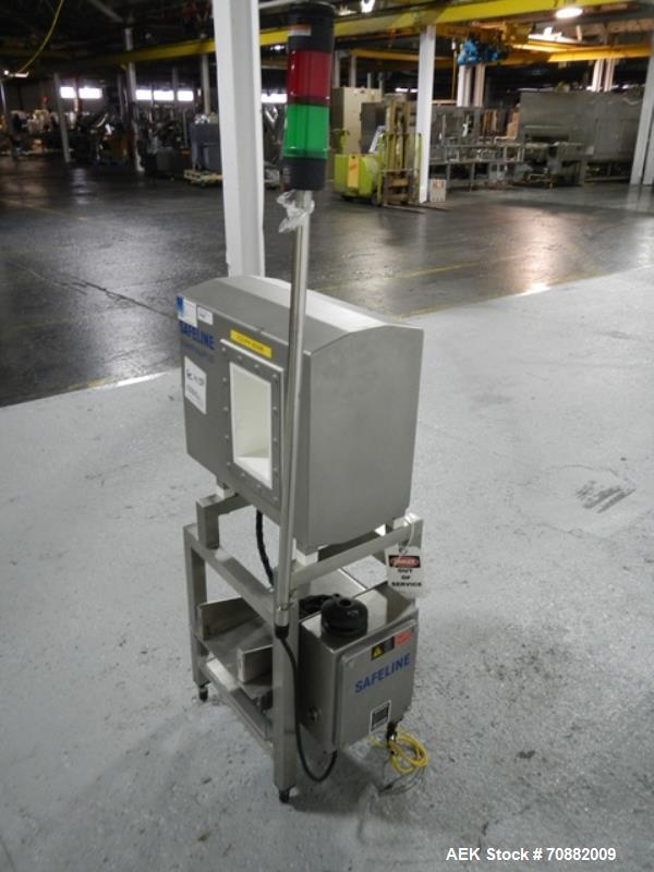 Used- Safeline PowerPhase Plus Metal Detector